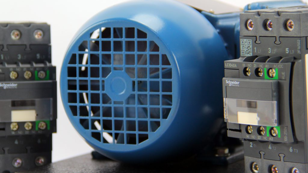 motor trifásico e contator de potencia